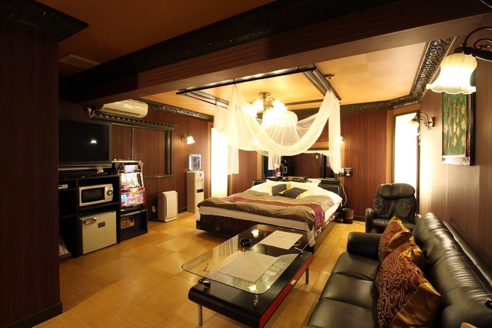 福生ラブホテル バリタイ 23号室